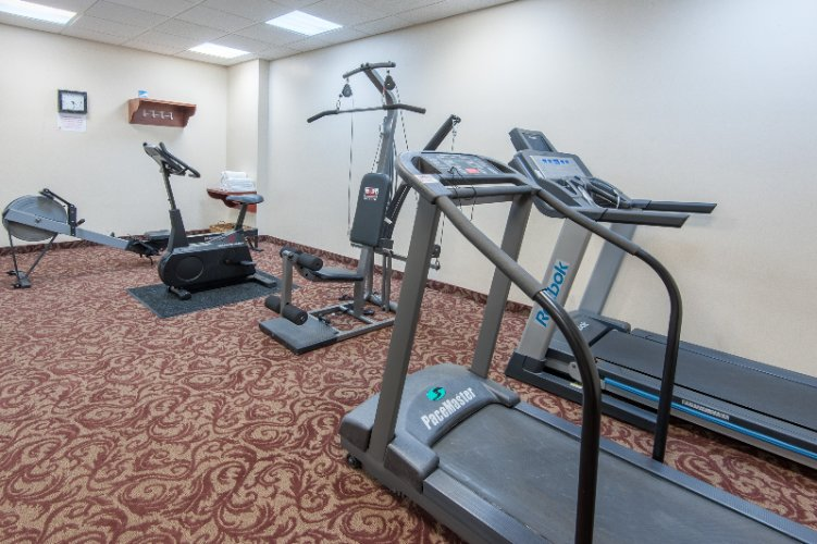 Fitness Centre 4 of 10