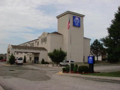 Americas Best Value Inn Suites Lees Summit Kansas City 1020 Se Blue Pkwy Mo 64063