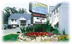 Traverse Bay Lodge 1 of 4