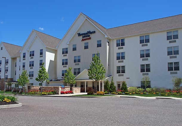 Towneplace Suites by Marriott Farmingdale 1 of 8
