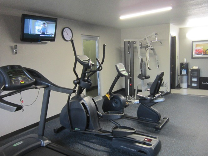 Fitness Center Equipment 10 of 21