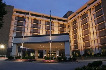 Image of Crowne Plaza Hotel Philadelphia West