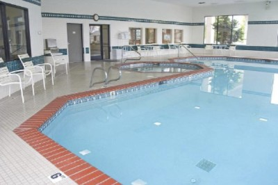 24-Hour Indoor Heated Swimming Pool & Spa 3 of 5