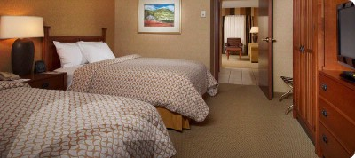 Standard Guest Suite With Double Beds 10 of 12