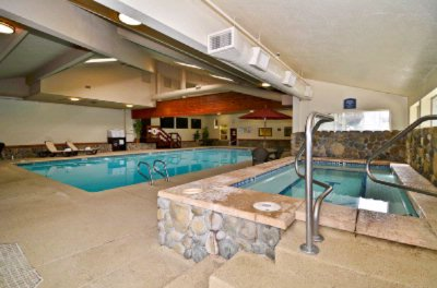 Indoor Pool & Spa 10 of 13