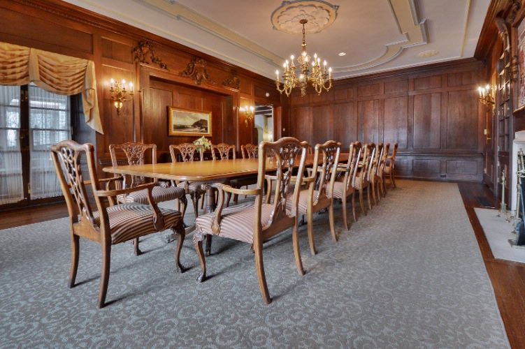 Private Dining Room / Montrose Mansion 5 of 10