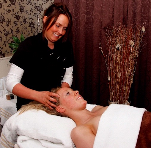 Beauty Treatment Centre 5 of 7