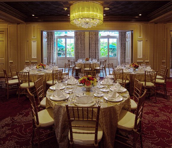 Fleur De Lis Suite -Event Space 8 of 10