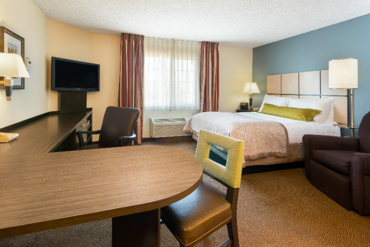 Candlewood Suites Detroit Troy 1 of 15