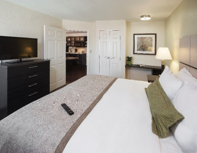 Candlewood Suites Detroit Troy Extended Stay Hotel 4 of 15