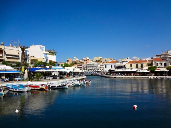 The Famous Lake Of Agios Nikolaos 12 of 14
