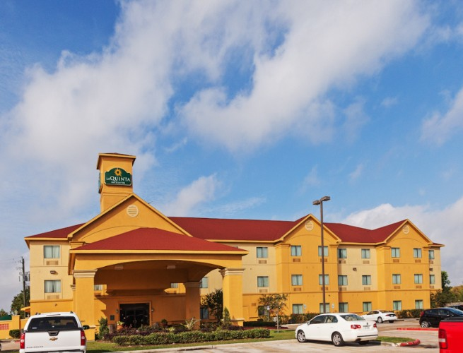 Image of La Quinta Inn & Suites Pasadena