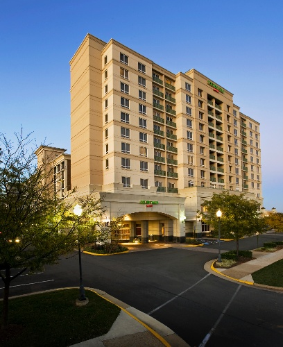Courtyard by Marriott Tysons Corner 1 of 16