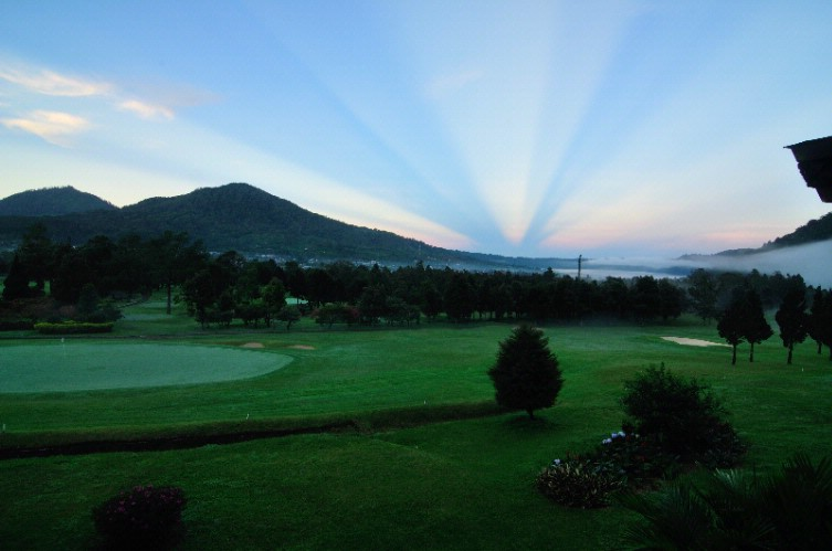 Sunrise View From The Golf View Deluxe & Suite Rooms 2 of 5