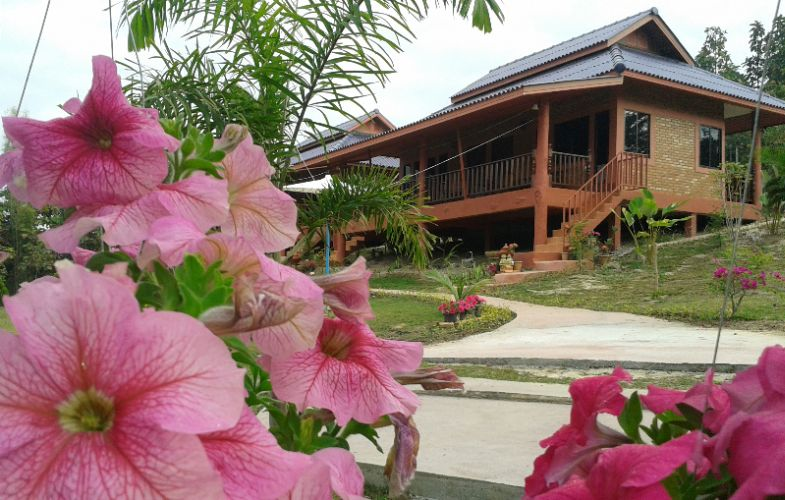 Ban Rai Tin Thai Ngarm Eco Lodge 1 of 10