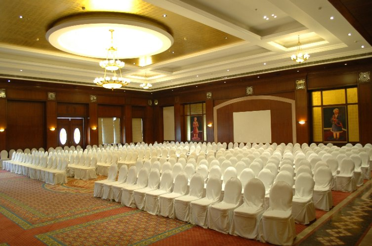 Shahnai Banquet Hall 5 of 8