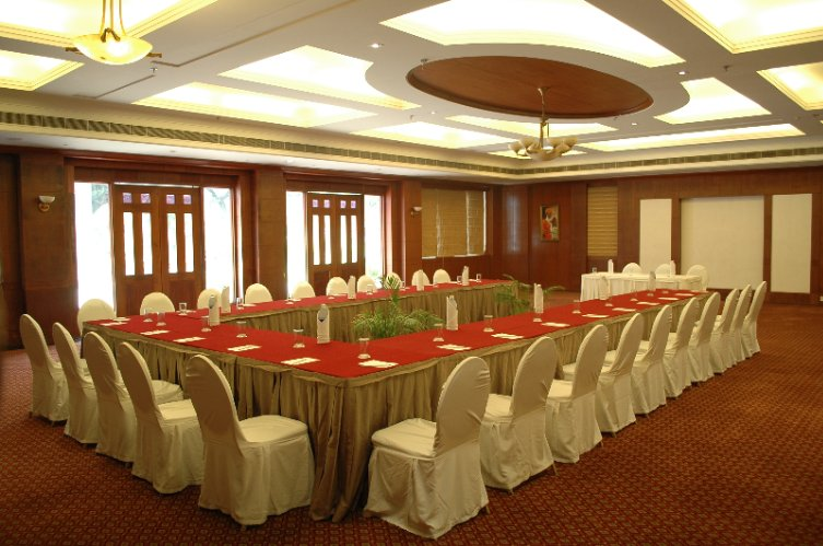 Sarangi Banquet Hall 6 of 8