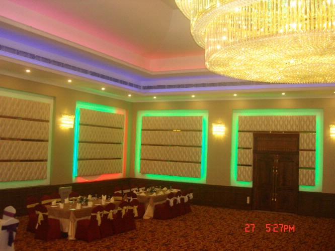 Banquet Hall 5 of 9