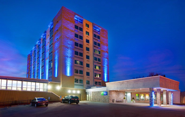 Best Western Parkway Center Inn Exterior