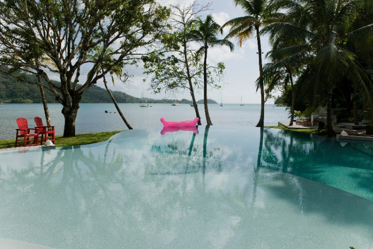 Infinity Pool Overlooking Portobelo Bay 3 of 16