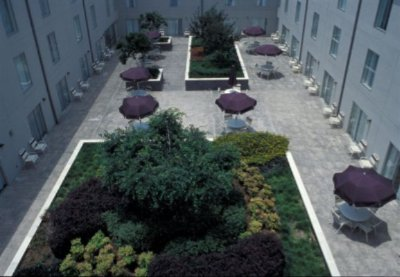 Courtyard 5 of 7