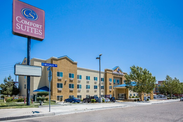 Comfort Suites Victorville I 15 1 of 28