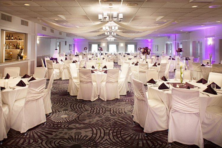 We\'ll Help You Say Yes With A Memorable Reception 8 of 11