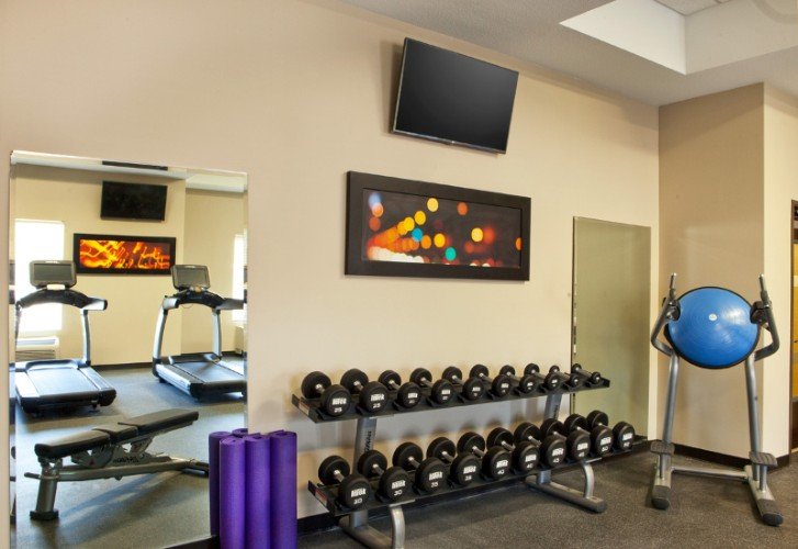Fitness Center 4 of 15