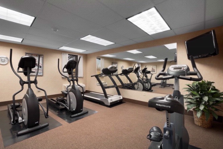 Guest Fitness Center 4 of 8