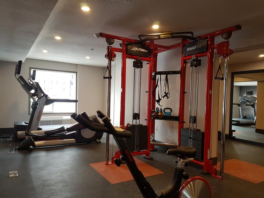 Fitness Facility 5 of 11
