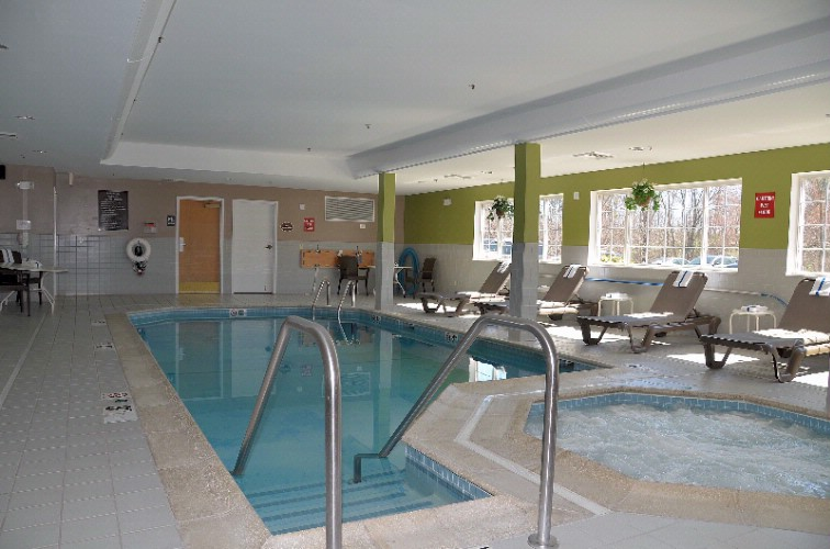 Indoor Heated Pool And Spa 9 of 9