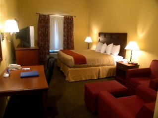 Holiday Inn Express Salado Belton 1 of 10