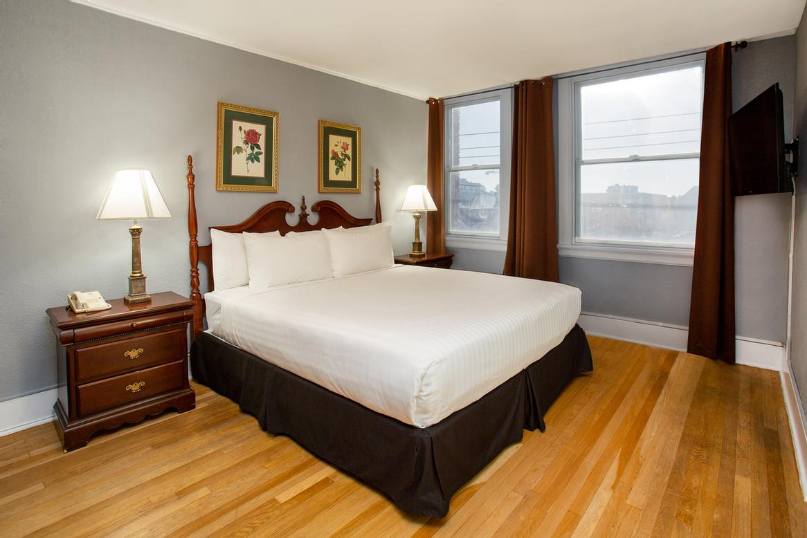 MARQUEEN HOTEL - Seattle WA 600 Queen Anne North 98109