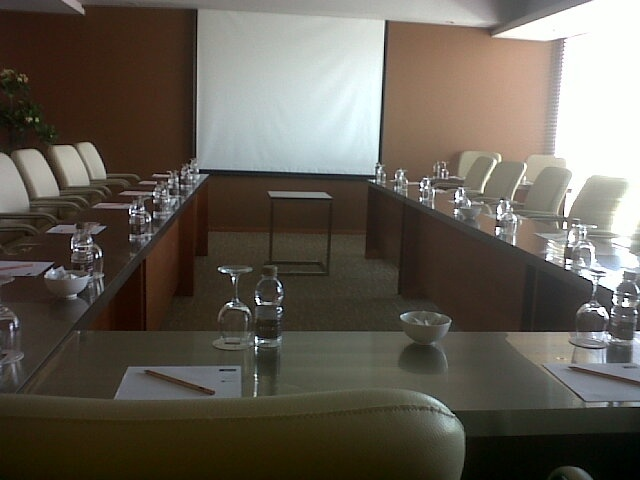 Lunam Meeting Room 13 of 15