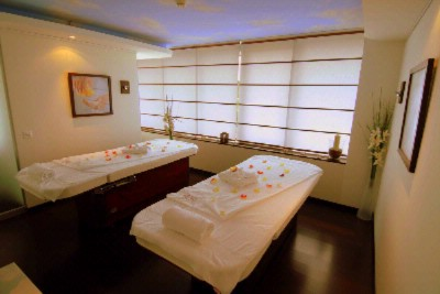 Massage Room At Spa By Clarins 20 of 31