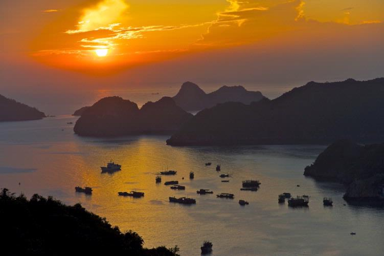 Sunset In Cat Ba Island 3 of 8