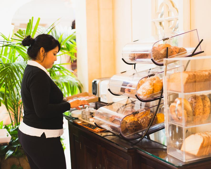 Hotel Santa Barbara Offers A Free Deluxe Continental Breakfast To Guests Every Morning From 7 Am – 10 Am In The Lobby. Try Some Fresh Locally Baked Pastries Enjoy A Hardboiled Egg Waffles Yogurt And More. 6 of 11