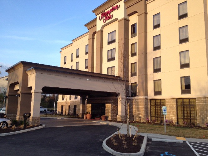 Waypa / Hampton Inn Waynesburg 1 of 7