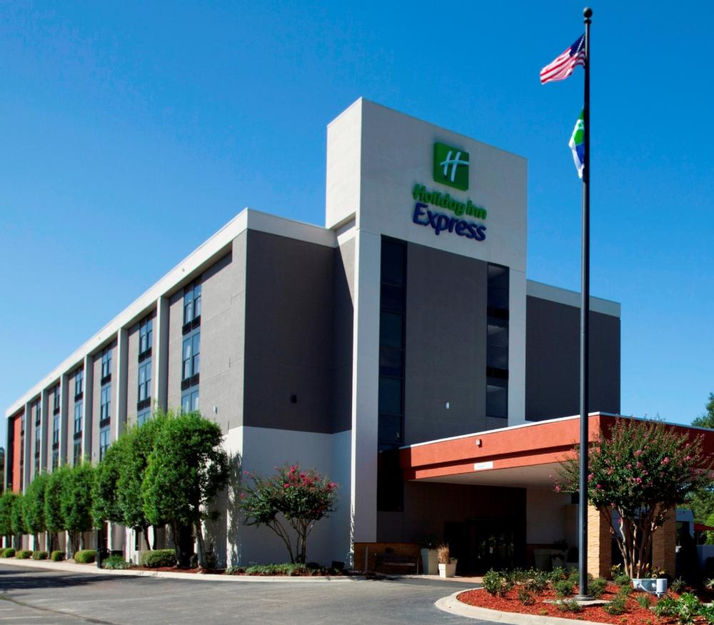 Holiday Inn Express Tallahassee East 1 of 7
