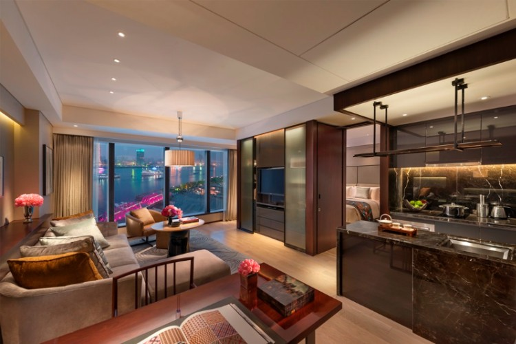 Mandarin Oriental Executive Apartment 1 of 5