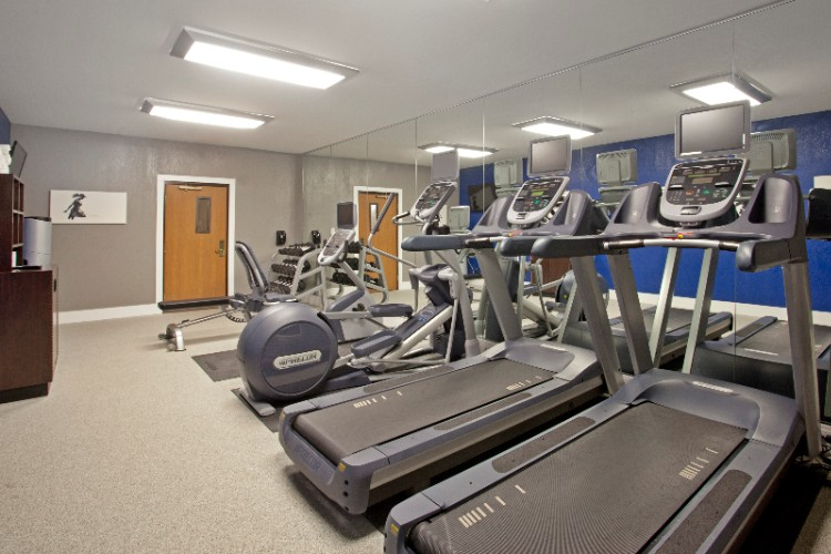 Fitness Room 13 of 19