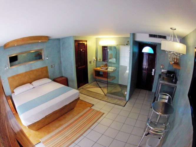 Deluxe Room Kitchenette Facilities 2 of 4