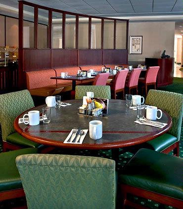 Dine At Our Courtyard Cafe For Breakfast Or Dinner. Lounge Open Nightly As Well. 7 of 11