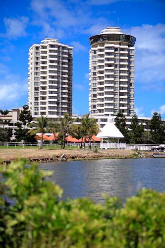 Ramada Plaza Noumea 1 of 6