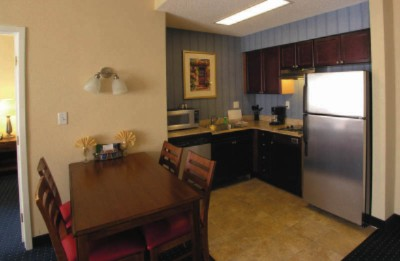 Residence Inn Chesapeake Guest Kitchen 6 of 14