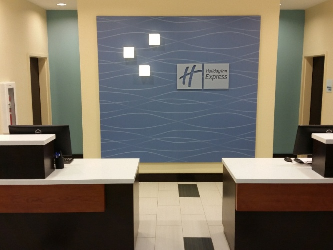 Front Desk Check-In Area 15 of 16
