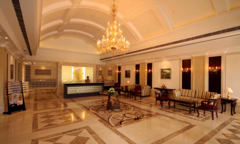 Lobby & Reception. 3 of 11
