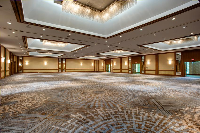 The Beautiful Grand Ballroom Can Seat Up To 600 People 14 of 15