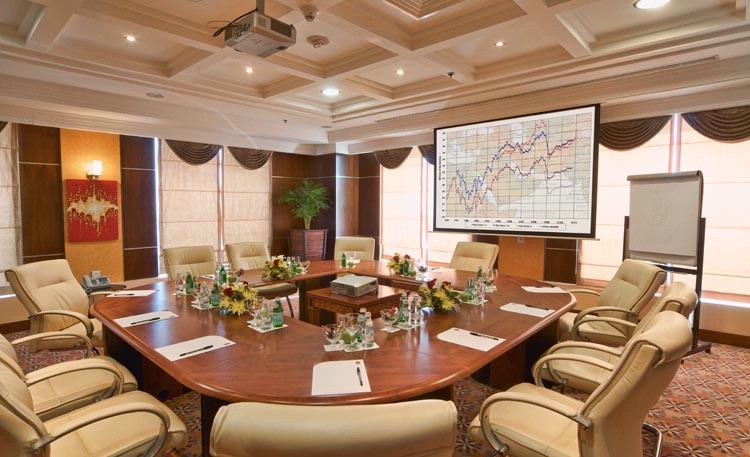 Retaj Al Rayyan Al Murjan Meeting Room 6 of 25