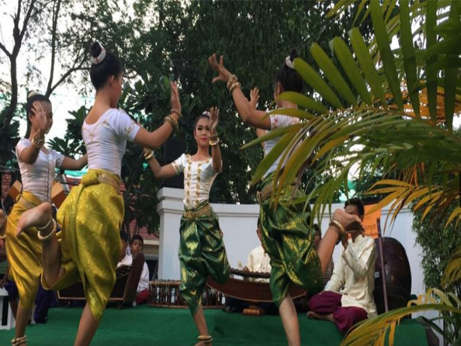 Khmer Dance 30 of 31